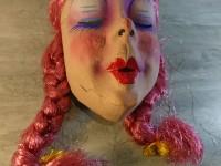 Masque de Carnaval Ancien Carton Bouilli Femme aux tresses fausse ingénue