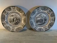 Assiettes animée porcelaine opaque de Gien Souvenir de nos anciennes victoires