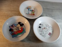 3 Assiettes en plastique - Disney 101 dalmatiens & mickey & mickey et minnie tigex plastorex
