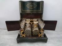 TAHAN CAVE A LIQUEUR ANCIENNE NAPOLEON III MARQUETERIE XIXème A RESTAURER