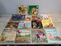 Lot disques vinyles enfants 45T contes comptines fables noel poucet fontaine