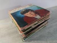 Lot disques vinyles principalement français. 45 tours
