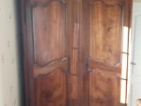 Belle armoire ancienne bois massif