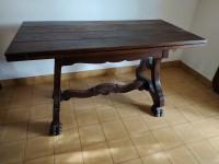 Table rustique pattes de lion style Louis XIV